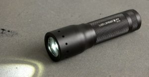 The 7 Best Single AA Flashlights for 2019: Affordable Lights for EDC