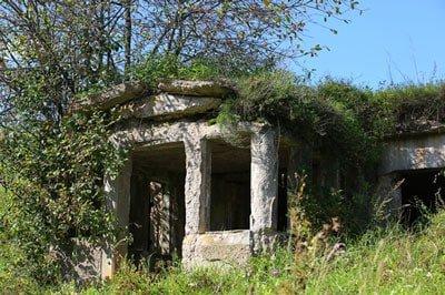Concealing a bunker