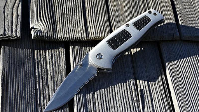 Top Folding Self-Defense Knives